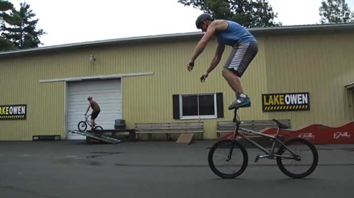 Bike Tricks Video Unbelievable Bike Tricks from