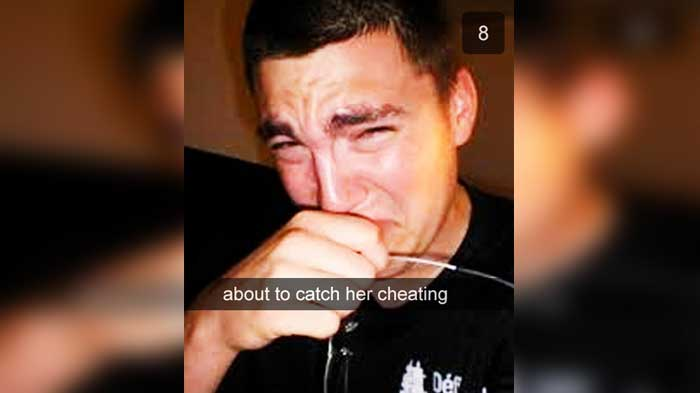 guy posts snapchat of catching girlfriend When mallory discovers that her boyfriend, jeremy, is cheating on her with an online girlfriend, she swears off boys she also swears off modern technology.